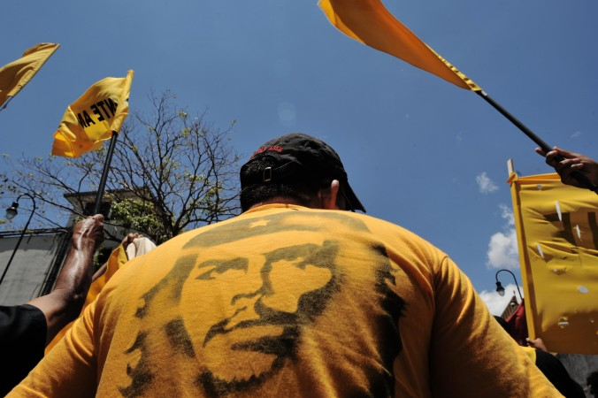 Juntan firmas para remover estatua del 'Che' Guevara en Argentina