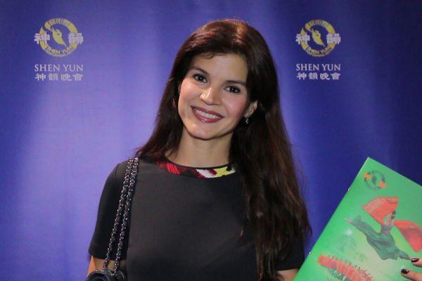 Shen Yun llega a Colombia y cautiva a Medellín