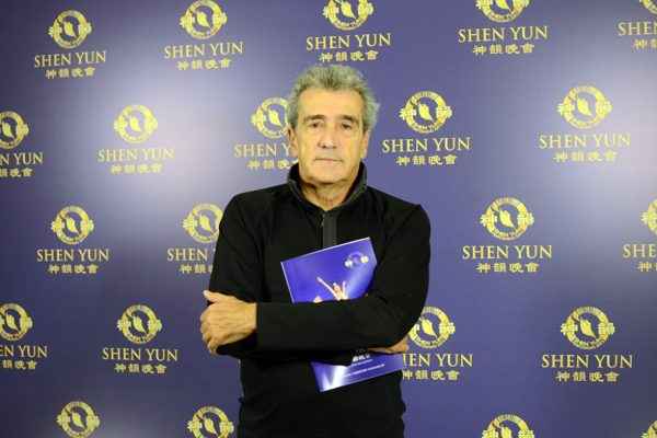 """Editor general de Clarín destaca la presentación de Shen Yun: """"Lo voy a recomendar con mucho entusiasmo"""""""