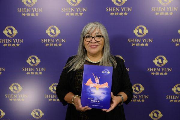 """Shen Yun """"transmite dulzura y paz"""", señala asesora de derechos humanos del gobierno argentino"""