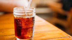 El consumo diario de refrescos light triplica el riesgo de alzhéimer o ictus