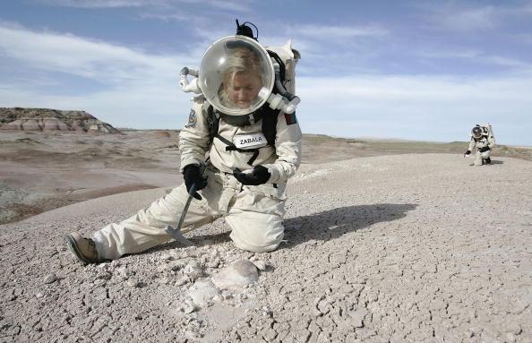 Las agencias espaciales desarrollan protocolos para no contaminar Marte con sustancias procedentes de la Tierra y viceversa: nuestro planeta con posibles compuestos u organismos marcianos traídos desde el planeta rojo (Foto: George Frey/Getty Images)