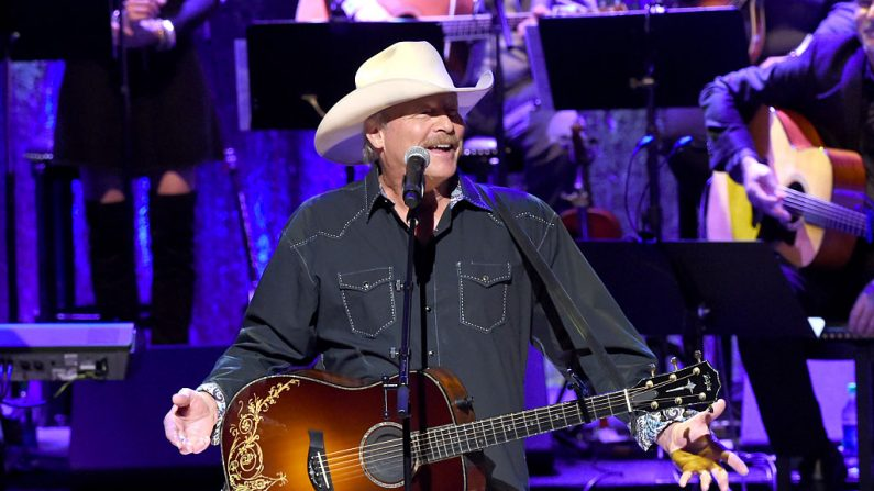 Alan Jackson será presentado al Salón de la Fama de la Música Country (foto Rick Diamond/Getty Images)