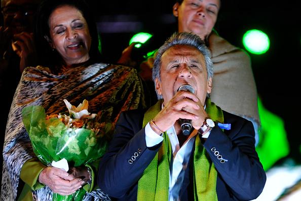 El opositor Guillermo Lasso obtuvo el 48.93% y pidió a sus simpatizantes defender su voto. (Foto: JUAN RUIZ/AFP/Getty Images)