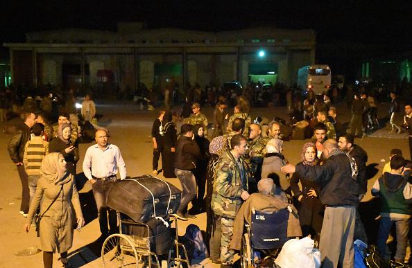 Las víctimas son en su mayoría residentes chiítas que estaban siendo evacuados de sus pueblos asediados por los rebeldes. (Foto: GEORGE OURFALIAN/AFP/Getty Images)