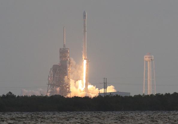 SpaceX lanza al espacio una carga secreta del gobierno estadounidense. (Foto:  Joe Raedle/Getty Images)