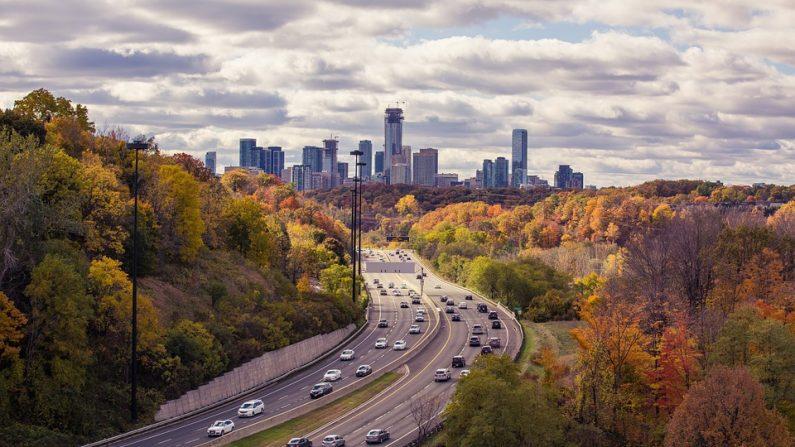 Los vehículos diésel contaminan más de lo que se creía (foto Pixabay)