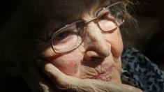 COVID-19 está desencadenando una pandemia de desesperación para los ancianos