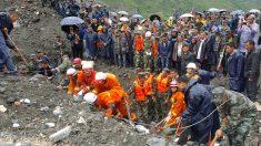Al menos 141 personas enterradas tras deslave en suroeste de China
