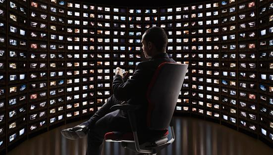 Un espía en tu bolsillo: ¿Cuál es el 'software malicioso' que está en el ojo de la tormenta de México?
