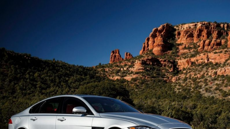 Jaguar XF: para entusiastas o ecológicos