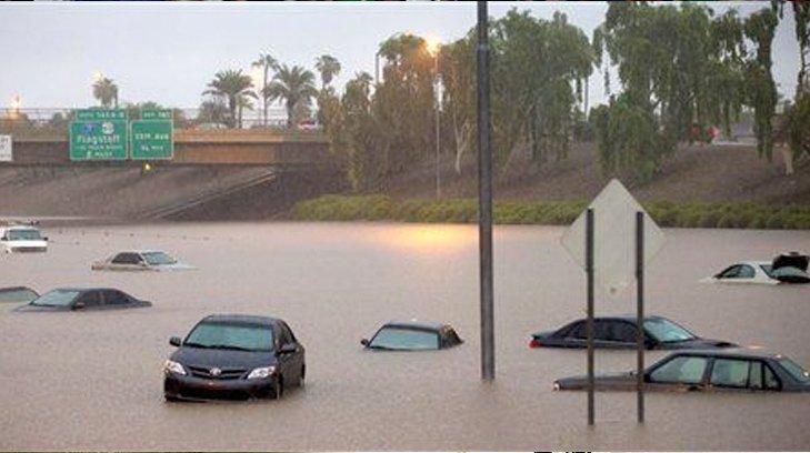 Inundación repentina en Arizona deja al menos nueve víctimas fatales