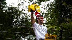 Leopoldo López de regreso en su casa para seguir en arresto domiciliario