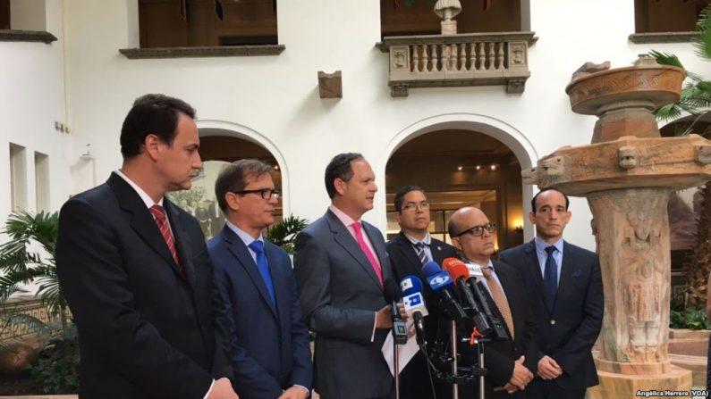 La condición de refugiados, les permitirá a los magistrados, moverse libremente por Bogotá por 30 días a seis de los 33 magistados perseguidos por el Gobierno de Nicolás Maduro (VOA)