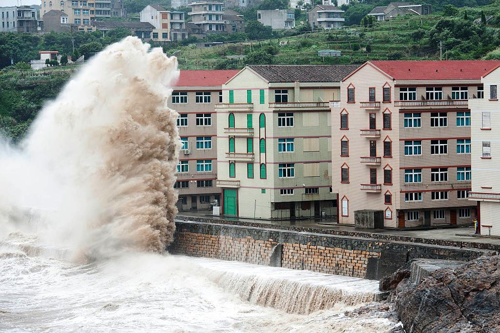 """Alerta por el tifón Talim, el poderoso """"Irma"""" asiático"""