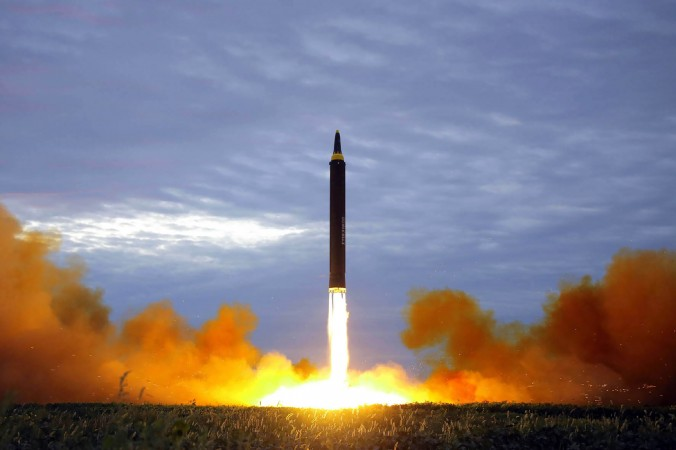 Corea del Norte confirma que lanzó un misil balístico para submarino