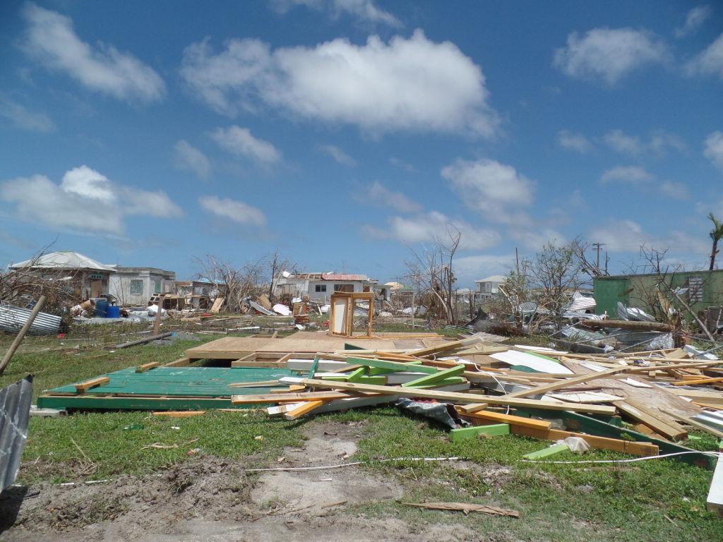 Huracán Irma se enfila hacia Florida tras devastar el Caribe