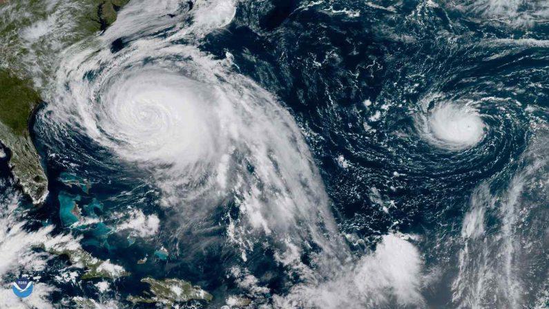 Fotografía desde el espacio del huracán Lee (D) y el huracán María (I). (NOAA)