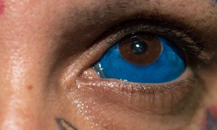El artista brasileño del tatuaje Rattoo posa para una foto durante la Semana del Tatuaje en Rio en Brasil. (Yasuyoshi Chiba / AFP / Getty Images)