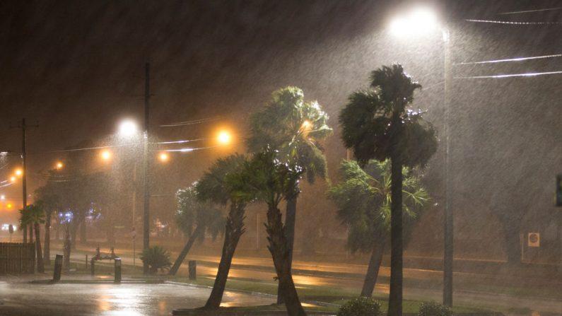 El ojo del huracán Nate llegó como una tormenta de categoría 1 a Biloxi, Mississippi el 7 de octubre de 2017. (Foto de Mark Wallheiser / Getty Images)