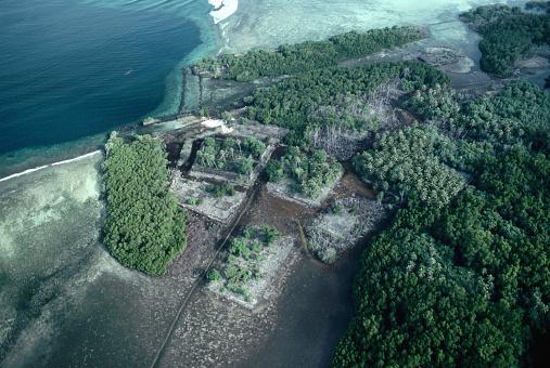 La atl ntida del pac fico bajo las islas de nan madol for Estanques artificiales o prefabricados