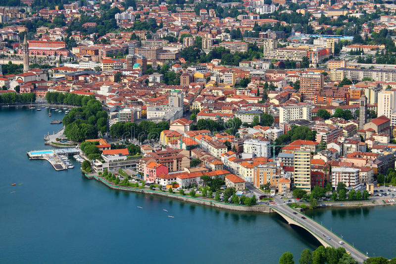 Lecco, el encanto de una ciudad provinciana