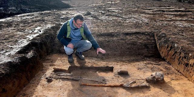 Descubren misteriosas tumbas de un guerrero gigante, una 'bruja' y más restos insólitos en Alemania
