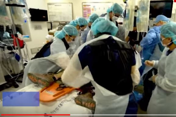 Vídeo muestra cómo médicos salvan la vida del soldado norcoreano que desertó del régimen de Kim Jong-un