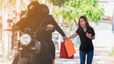 Niñera atrapa a ladrona inexperta que no pudo escapar de sus rudos brazos