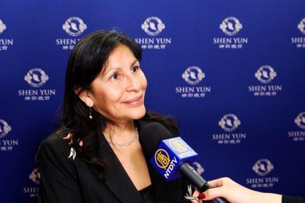 Shen Yun trae valiosas lecciones, dice senadora canadiense