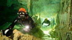 México: Hallan la cueva inundada más grande del mundo con cientos de sitios arqueológicos