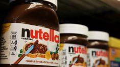A golpes los franceses luchan por su pote de Nutella al 70 por ciento de descuento