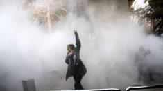 ¿Qué ocurre en Irán con 6 días de protestas, decenas de muertos y cientos de detenidos?