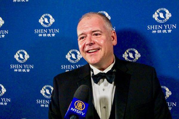 Shen Yun muestra que estamos conectados a lo Divino