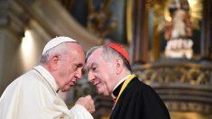 Mientras el Papa se rinde ante el régimen chino, la prensa china lo defiende y ataca a los católicos