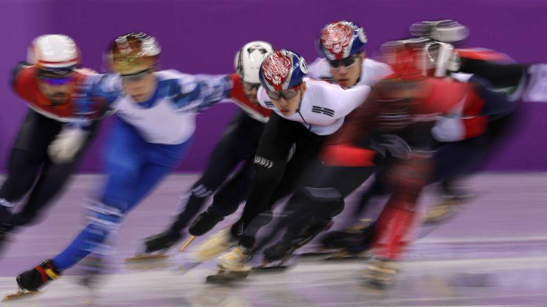 Final de 1500 metros en pista corta de patinaje masculino durante el primer día de los Juegos Olímpicos de Invierno PyeongChang 2018, en Gangneung Ice Arena, el 10 de febrero de 2018, Gangneung, Corea del Sur. (Crédito de Richard Heathcote / Getty Images)