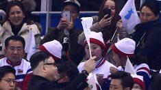 Tensión en Pieonchang cuando imitador de Kim Jong-Un se enfrenta a las animadoras norcoreanas