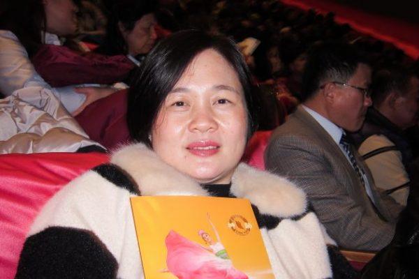 Concejal de la ciudad vuelve a ver por sexta vez a Shen Yun