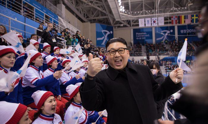 Periodistas adularon a las porristas y a la Jefe de Propaganda de Corea del Norte