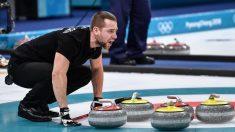 Medallista ruso resultó sospechoso de doping, un escándalo que mantendría al país sin bandera