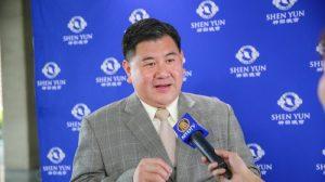 Director ejecutivo de una empresa siente que viaja a través del tiempo al ver Shen Yun