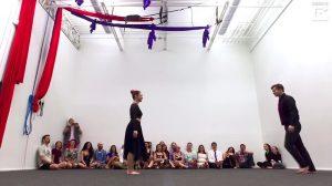 Luego de su casi impecable interpretación de ballet; el final se lleva todos los aplausos