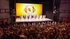 """""""El director de orquesta es excelente"""" dice sobre Shen Yun director de coro israelí"""