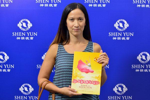 """Ver Shen Yun """"es una oportunidad única"""", dice funcionaria de educación de Buenos Aires"""