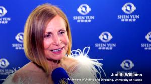 Shen Yun es 'magnífico' dice profesora de teatro de Florida