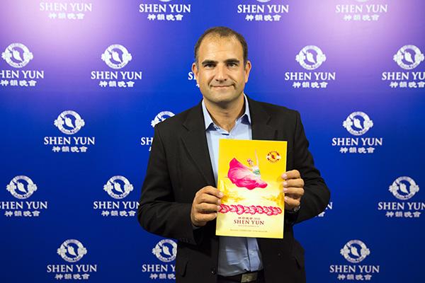 """Shen Yun es """"un espacio de reflexión y de esperanza"""", dice Director de Pluralismo e Interculturalidad"""