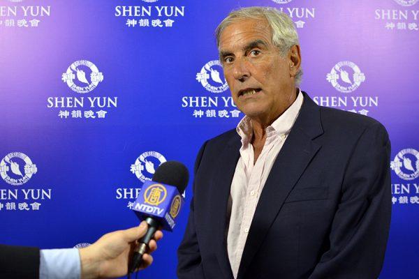 """Shen Yun es """"único e irrepetible"""", opina asesor en el Senado de la Nación Argentina"""