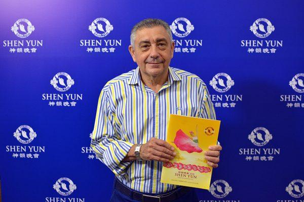 """Shen Yun es """"realmente impactante"""", dijo gerente comercial de una empresa argentina"""
