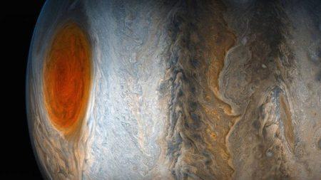 NASA muestra foto de tormenta en Júpiter