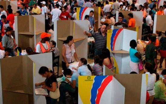 Colombia: Elecciones legislativas y del candidato presidencial enfrenta a Conservadores y Democráticos